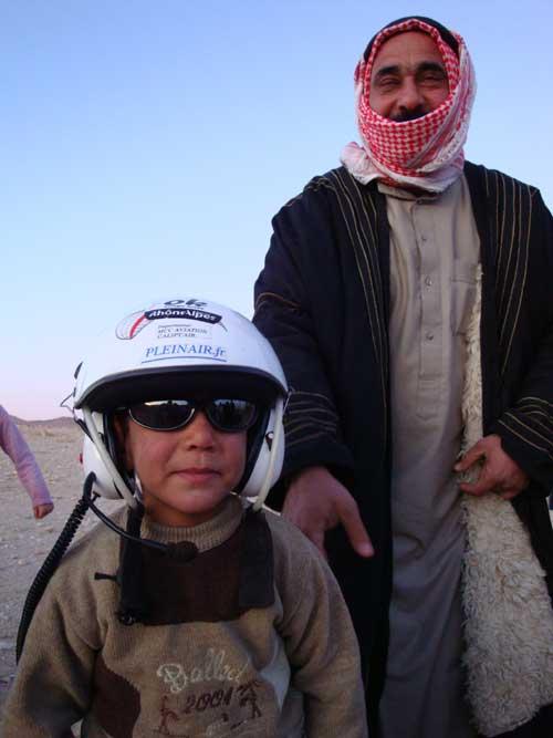 Futur paramotoriste Syrien.