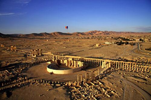 Vue de Palmyre direction Irak à l'horizon.
